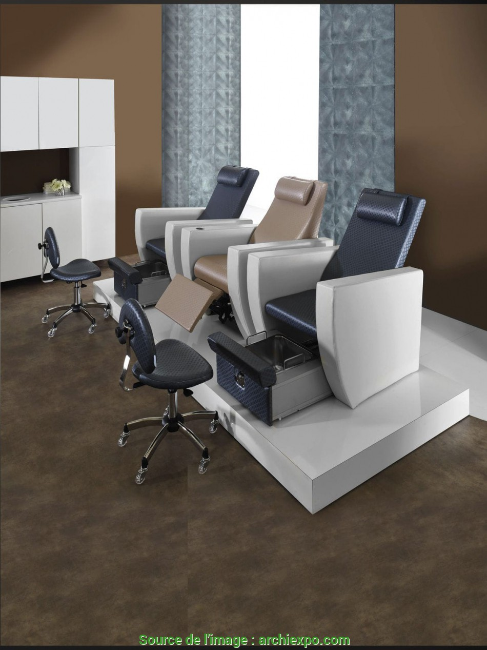 Nuovo Synthetic Leather Pedicure Chair / With Footrest / White, PACIFIC