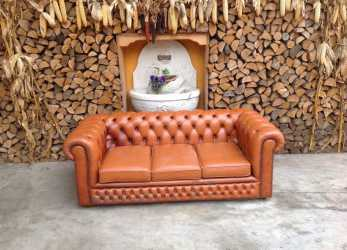 Unico Divano Chesterfield 3 Posti Originale Inglese Vintage In Vera Pelle Color Arancio