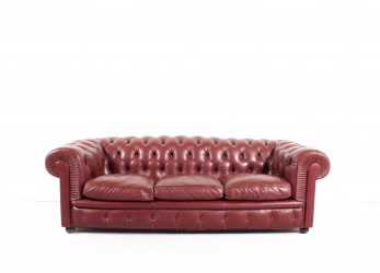 Magnifico Poltrona Frau 'Chester One' Chesterfield Sofa By Renzo Frau, 1912 At 1Stdibs