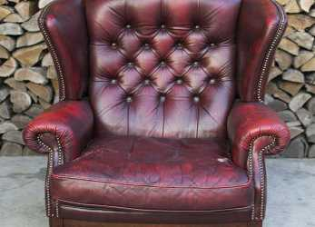 Confortevole Poltrona Chesterfield Queen Anne Originale Inglese Vintage In Vera Pelle Color Bordeaux