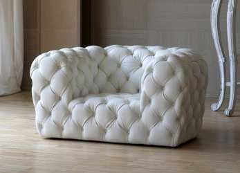 Esotico Poltrona Chesterfield / In Pelle, CHESTER MOON By Paola Navone
